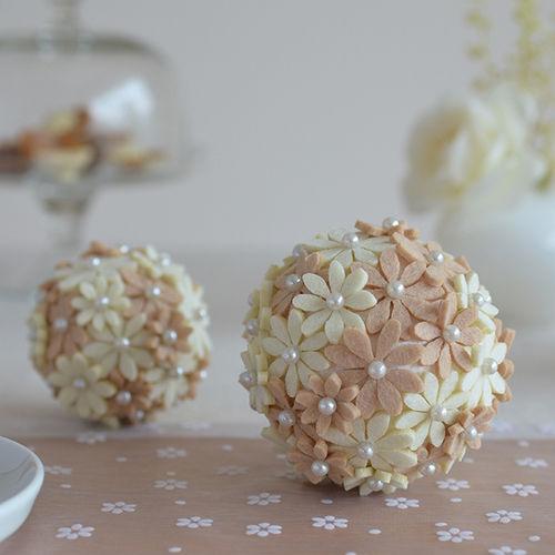 Makerist - Blütenkugeln mit Filzblumen - DIY-Projekte - 1