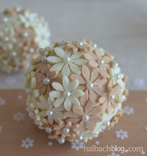 Makerist - Blütenkugeln mit Filzblumen - DIY-Projekte - 3