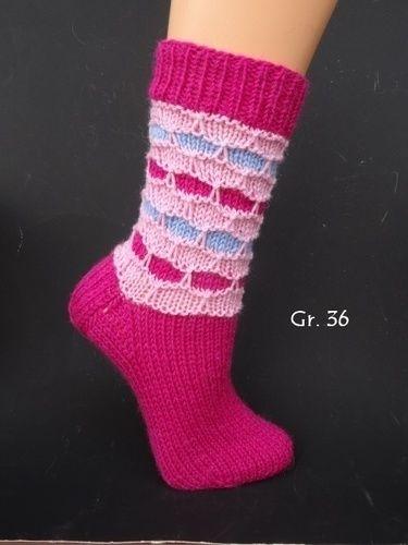 Makerist - farbenfrohe Socken mit Wabenmuster - Strickprojekte - 1