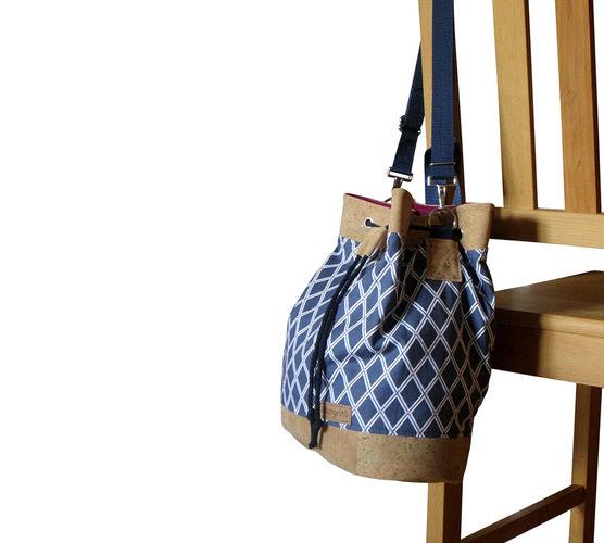 Makerist - Design Award Kork: Beuteltasche Canvas Blau & Weiß mit Korkleder - Nähprojekte - 3