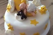 Makerist - Baby im Mond-Torte - 1