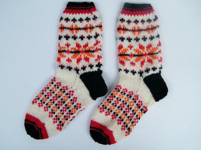 Makerist - Socken mit Norwegerstern für Gr. 39/40 - Strickprojekte - 2