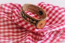 "Makerist - Design Award Kork: Trachtenarmband ""Zenzi"" aus Kork - 1"