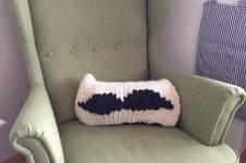 Makerist - Moustache-Kissen - 1