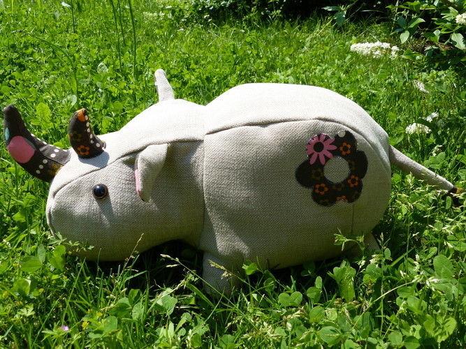 Makerist - Peluche Rhinocéros - Créations de couture - 2