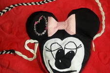 Makerist - Minnie-Mouse-Täschchen - 1