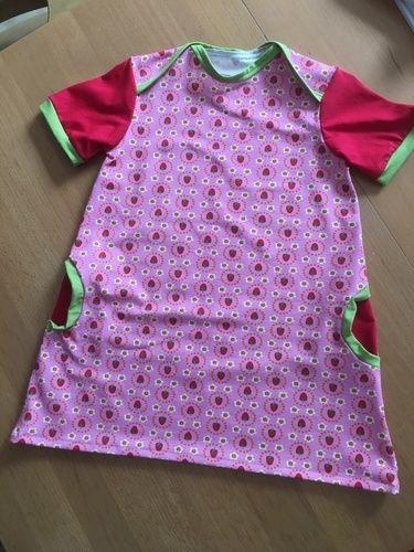 Makerist - Ein Erdbeerenkleid für Emily aus Jersey  - Nähprojekte - 1