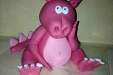 "Makerist - ""Pinky"" meine Drachendame aus Fondant - 1"