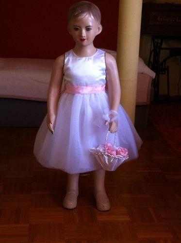 Makerist - Blumenmädchenkleid  zur Hochzeit unserer Tochter  für unsere Enkeltöchter - Nähprojekte - 1