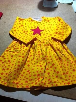 Makerist - Sterne -Kleid   für meine Enkelin  gr. 92 - 1