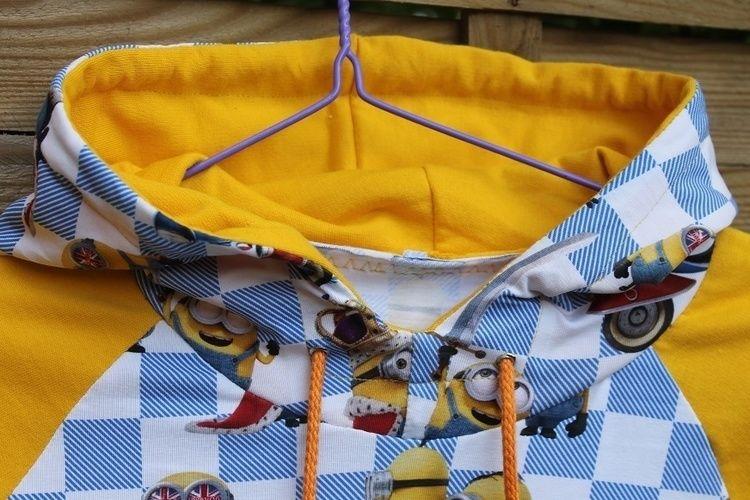 Makerist - Kuscheliger Hoodie im Minion Style  - Nähprojekte - 3