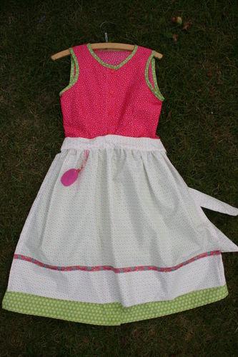 Makerist - Dirndl für kleine Mädchen aus Baumwolle - Nähprojekte - 1