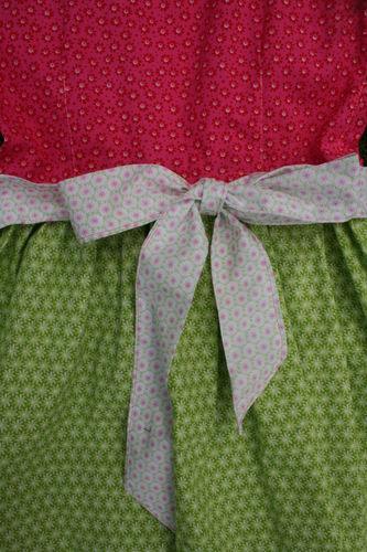 Makerist - Dirndl für kleine Mädchen aus Baumwolle - Nähprojekte - 2
