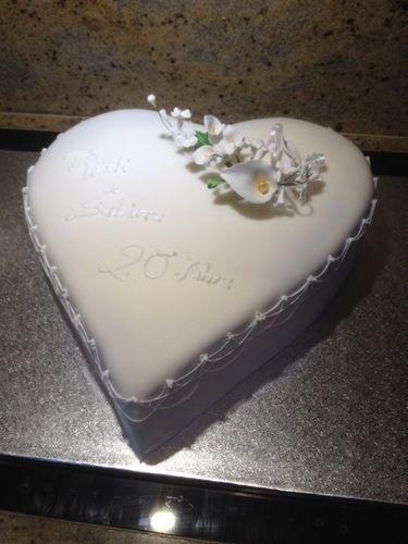 Makerist - 20 Jahre Ehe für mich und meinen Mann - Torten, Cake Pops und Cupcakes - 1
