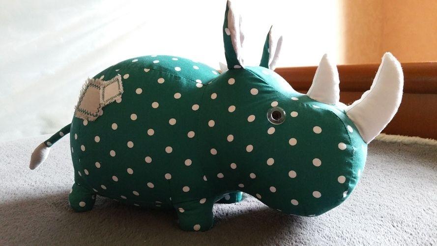 Makerist - Djimo le rhino - Créations de couture - 1
