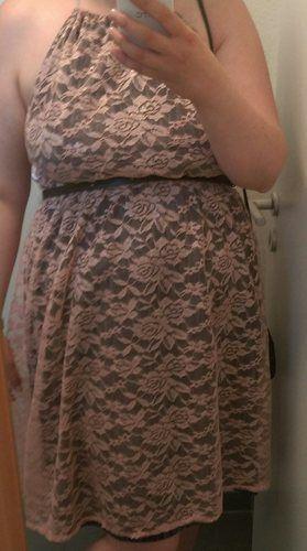 Makerist - Kleid für Hochzeitsgast aus Spitze und Jersey - Nähprojekte - 1