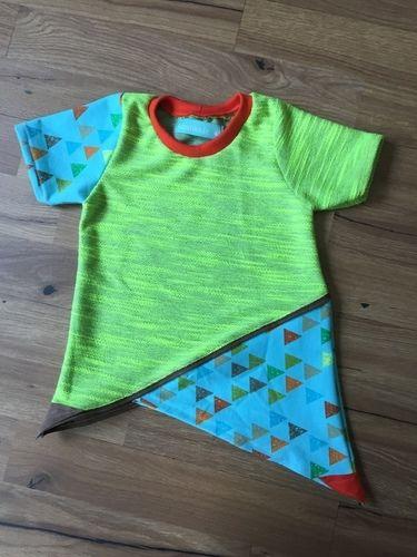 Makerist - sommerliches Krumm&Schief Shirt aus Jersey für meinen kleinen Sohn  - Nähprojekte - 1