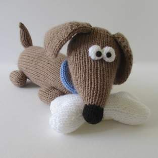 Makerist - Bangers the Sausage Dog - 1