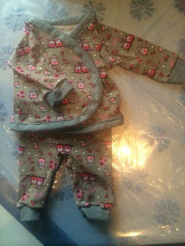 Makerist - Babyzweiteiler für meine Freundin - Nähprojekte - 1