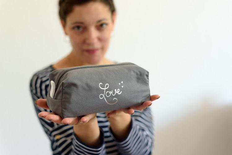Makerist - Ein buntes graues Mäppchen - Nähprojekte - 2