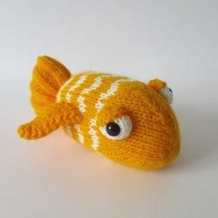 Makerist - George the Goldfish - 1