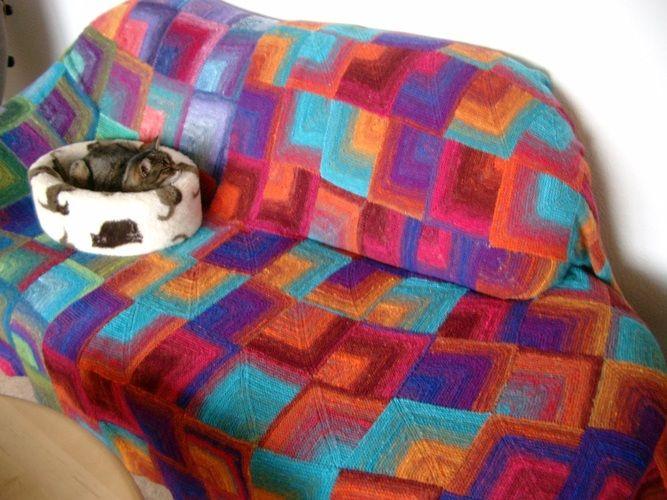 39 zweite decke f r das von den katzen zerfetzte sofa 39 von. Black Bedroom Furniture Sets. Home Design Ideas