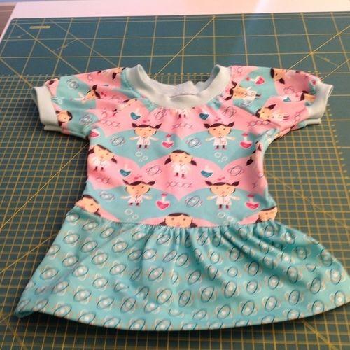 Makerist - Kleidchen für die Tochter einer Freundin zum 1. Geburtstag - Nähprojekte - 1
