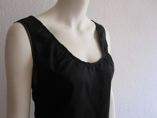Makerist - Sticken mit der Nähmaschine als Kleid - Textilgestaltung - 3