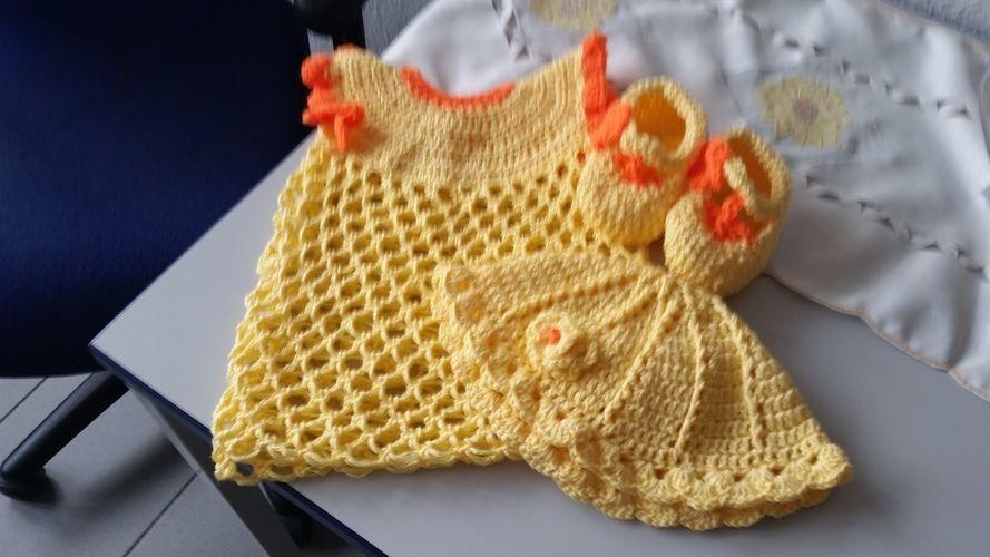 Makerist - Babykleid,  Schuhe und Mützchen für Mädchen  - Häkelprojekte - 1