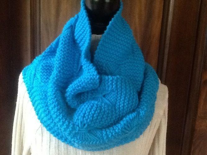 14ead4111a2a Makerist - Echarpe tour de cou en laine - Créations de tricot - 1