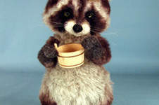 "Makerist - 10"" positionable alpaca collectible raccoon  - 1"