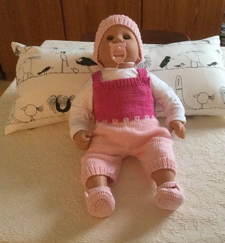 Makerist - Babyhöschen mit passenden Schühchen - Strickprojekte - 1