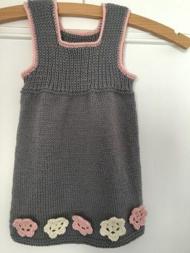 """Makerist - Kleid """"Aschenputtel"""" - Strickprojekte - 1"""