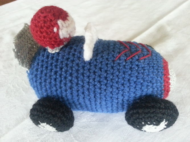Makerist - Hausschuhe Minion und ein Rennauto, und Kätzchen - Häkelprojekte - 2