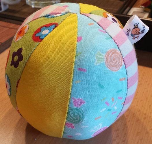 Makerist - Spielball für Babys - Nähprojekte - 2