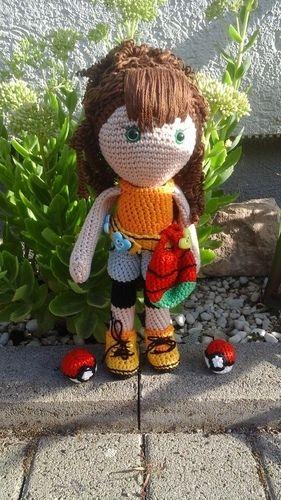 Makerist - Lola Pokemontrainerin  - Häkelprojekte - 1