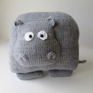 Makerist - Hippo Cushion - 1