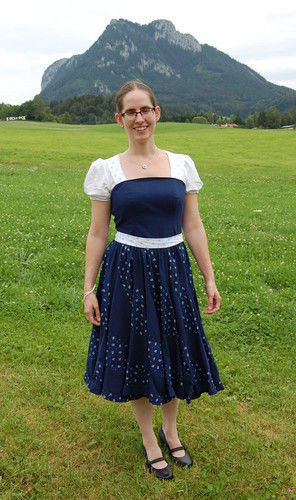 Makerist - Peppermint Swirl-Dirndl Crossover-Kleid - Nähprojekte - 1