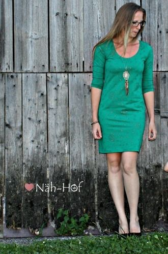 "Makerist - Kleid ""Valerie"" aus Glitterjersey Wishful ease - Nähprojekte - 2"