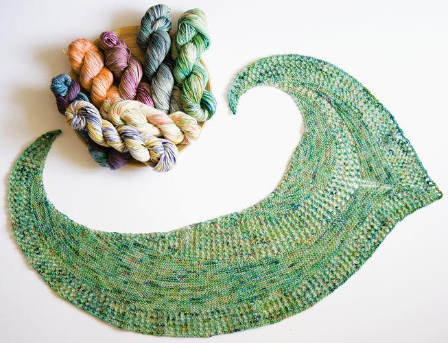 Makerist - Tuch aus einem Strang Sockenwolle °Federleicht° - Strickprojekte - 1