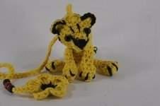 Makerist - Kleiner Tiger Amigurumi Lesezeichen Taschenbaumler Schlüsselanhänger Häkelanleitung - 1