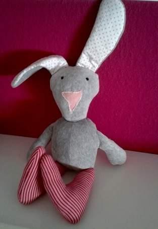 """Makerist - Stofftier Hase """"Leni"""" -aus Baumwollstoff, Frottee und Füllwatte- - 1"""