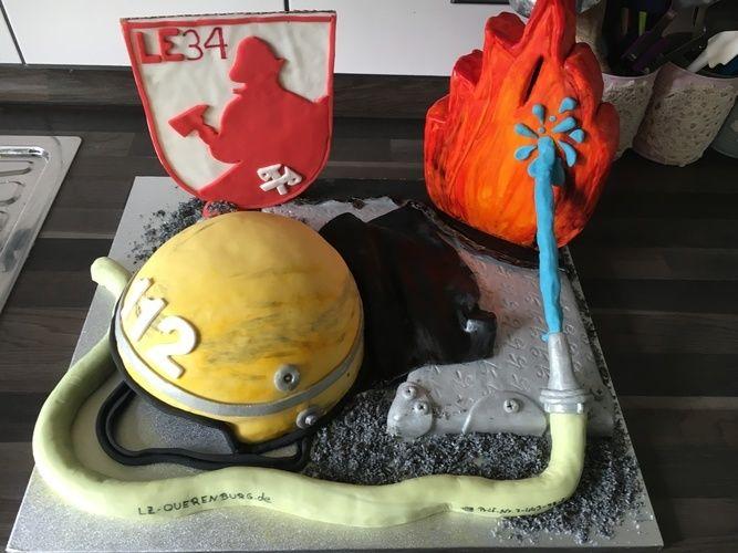 Makerist - Feuerwehrfest - Torten, Cake Pops und Cupcakes - 2