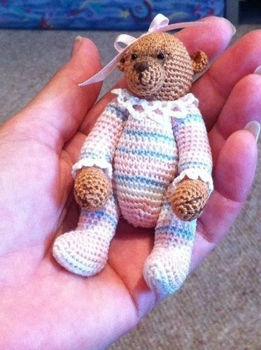 Makerist - Olivia Minature Bear - Crochet Showcase - 1