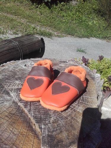 Makerist - Herzpuschen aus Leder 💚 - Nähprojekte - 1