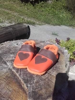 Makerist - Herzpuschen aus Leder 💚 - 1
