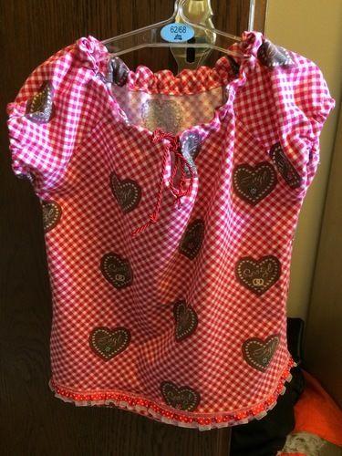 Makerist - Wiesn-Blüschen aus Jersey für meine Tochter - Nähprojekte - 1