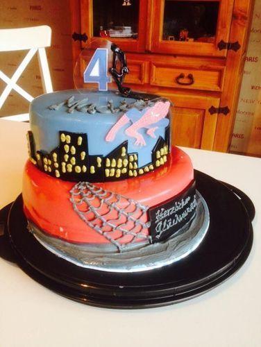 Makerist - Spiderman - Torten, Cake Pops und Cupcakes - 1