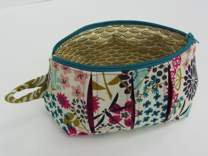 Makerist - Faltschick Täschchen in Blütenpracht - Nähprojekte - 1