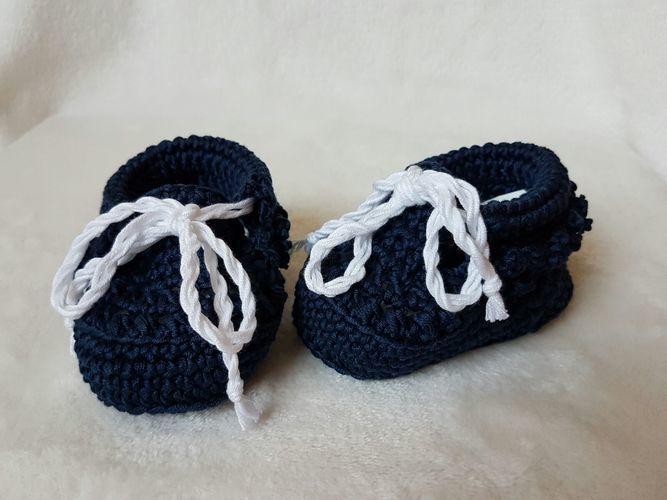 Makerist - Klassische Babyschuhe. - Häkelprojekte - 1